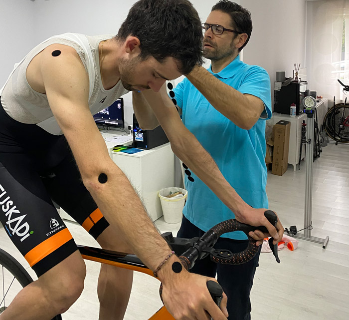 pedalear y punto biomecánica ciclismo